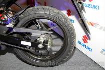 wpid-suzuki-gixxer-rear-wheel-at-the-indian-launch-ban-belakang.jpg.jpeg