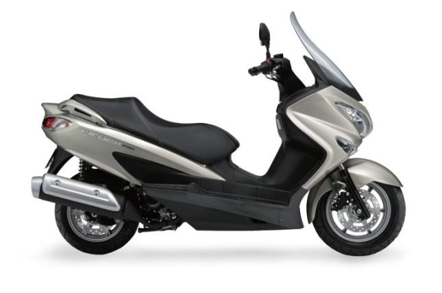 suzuki brugman burgman 200 njkb gambar foto studio matik gambot maxi scooter suzuki